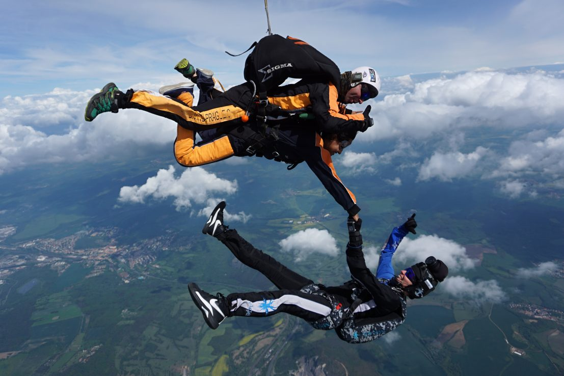 Skydiving Prague